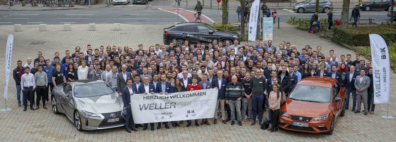 Teamfoto vei WelcomeWeller 2018